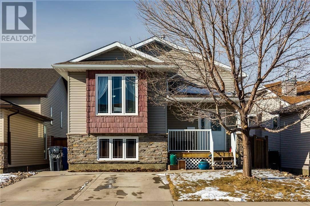 House for sale at 236 Kodiak Blvd N Lethbridge Alberta - MLS: ld0186884