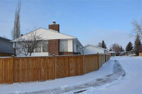 House for sale at 236 Pinemill Wy Northeast Calgary Alberta - MLS: C4278273