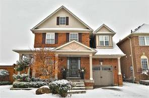 House for sale at 2360 Cornerbrooke Cres Oakville Ontario - MLS: O4704992