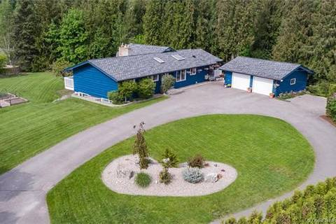 House for sale at 2361 20 Ave Northeast Salmon Arm British Columbia - MLS: 10182414