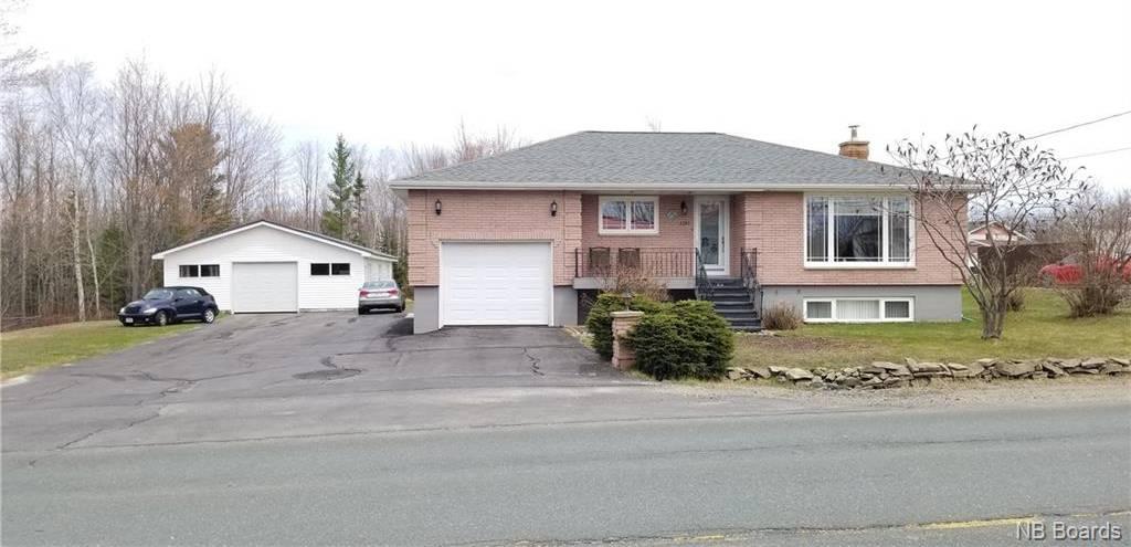 House for sale at 2361 Miramichi  Bathurst New Brunswick - MLS: NB040575