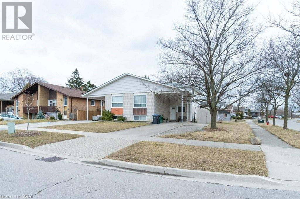 Residential property for sale at 2362 Delkus Cres Mississauga Ontario - MLS: 252198