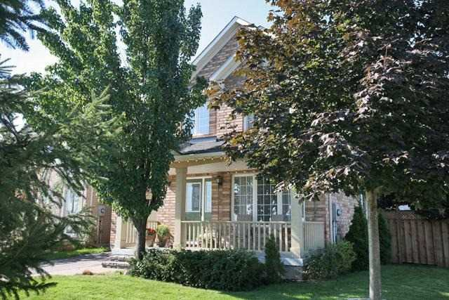 Sold: 2362 Proudfoot Trail, Oakville, ON