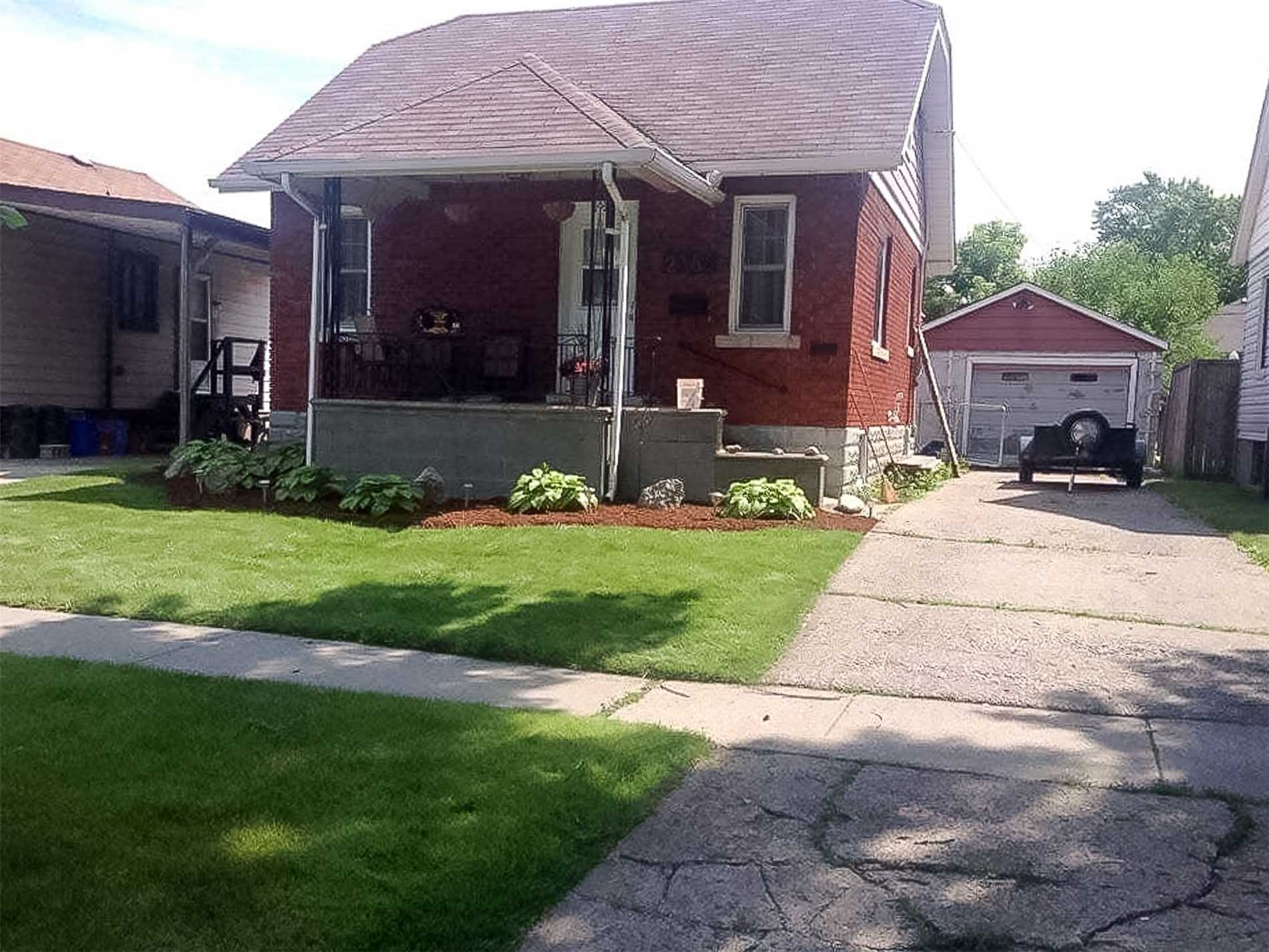 House for sale at 2366 Chandler Road Windsor Ontario - MLS: X4313459