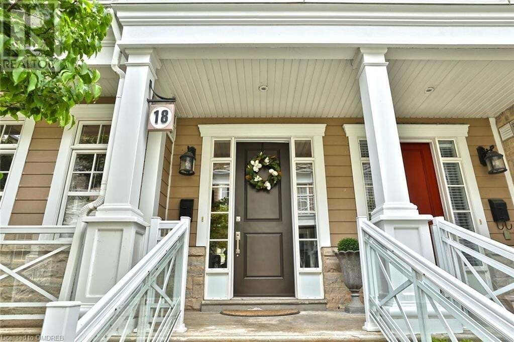 Townhouse for sale at 2369 Ontario St Oakville Ontario - MLS: 30820208