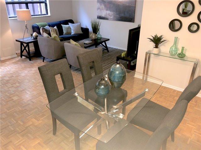 House for sale at 237-73 Mccaul Street Toronto Ontario - MLS: C4276169
