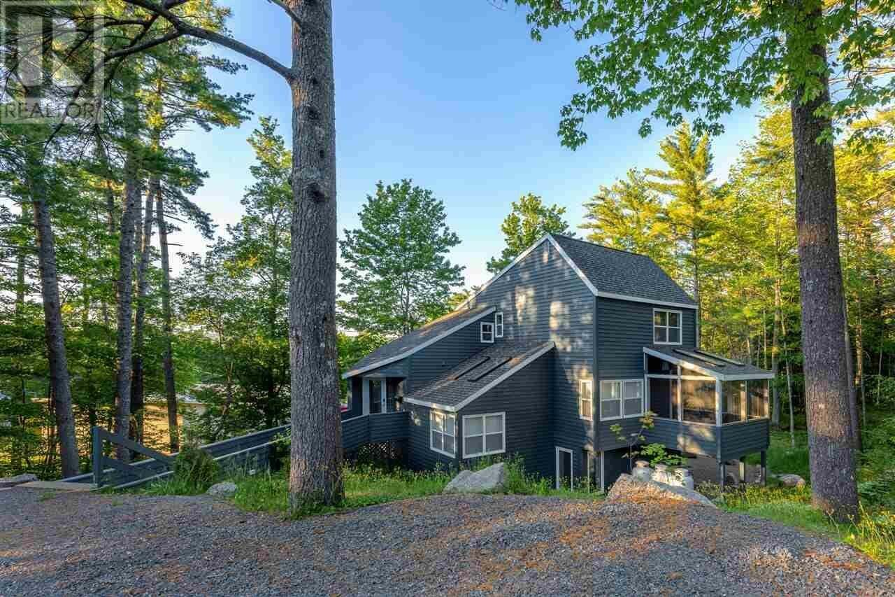 House for sale at 237 Alexandra Ave Bridgewater Nova Scotia - MLS: 202003184