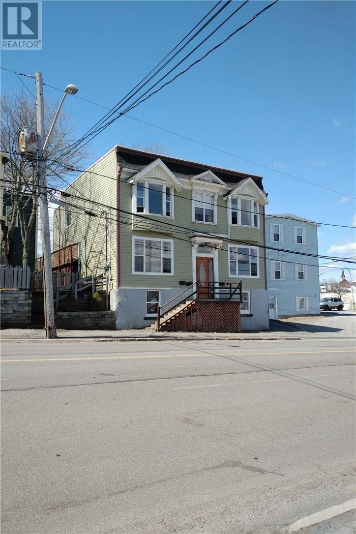 Townhouse for sale at 237 Crown St Saint John New Brunswick - MLS: NB028717