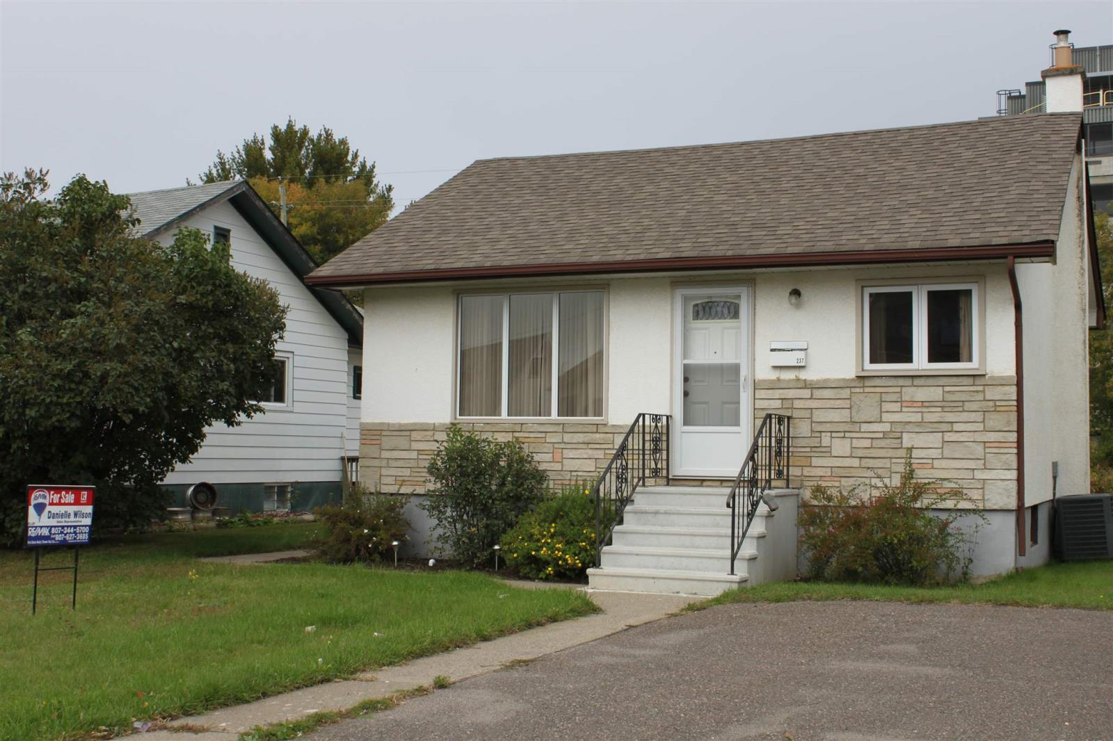 Removed: 237 Frederica Street West, Thunder Bay, ON - Removed on 2019-09-28 05:54:11