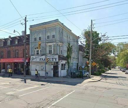 Commercial property for sale at 237 Gerrard St Toronto Ontario - MLS: C4703384
