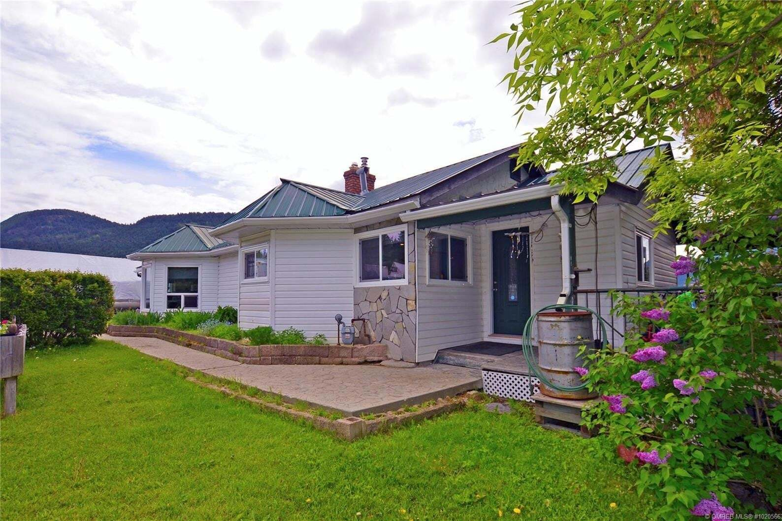 House for sale at 237 Mabel  Lake Rd Lumby British Columbia - MLS: 10205663