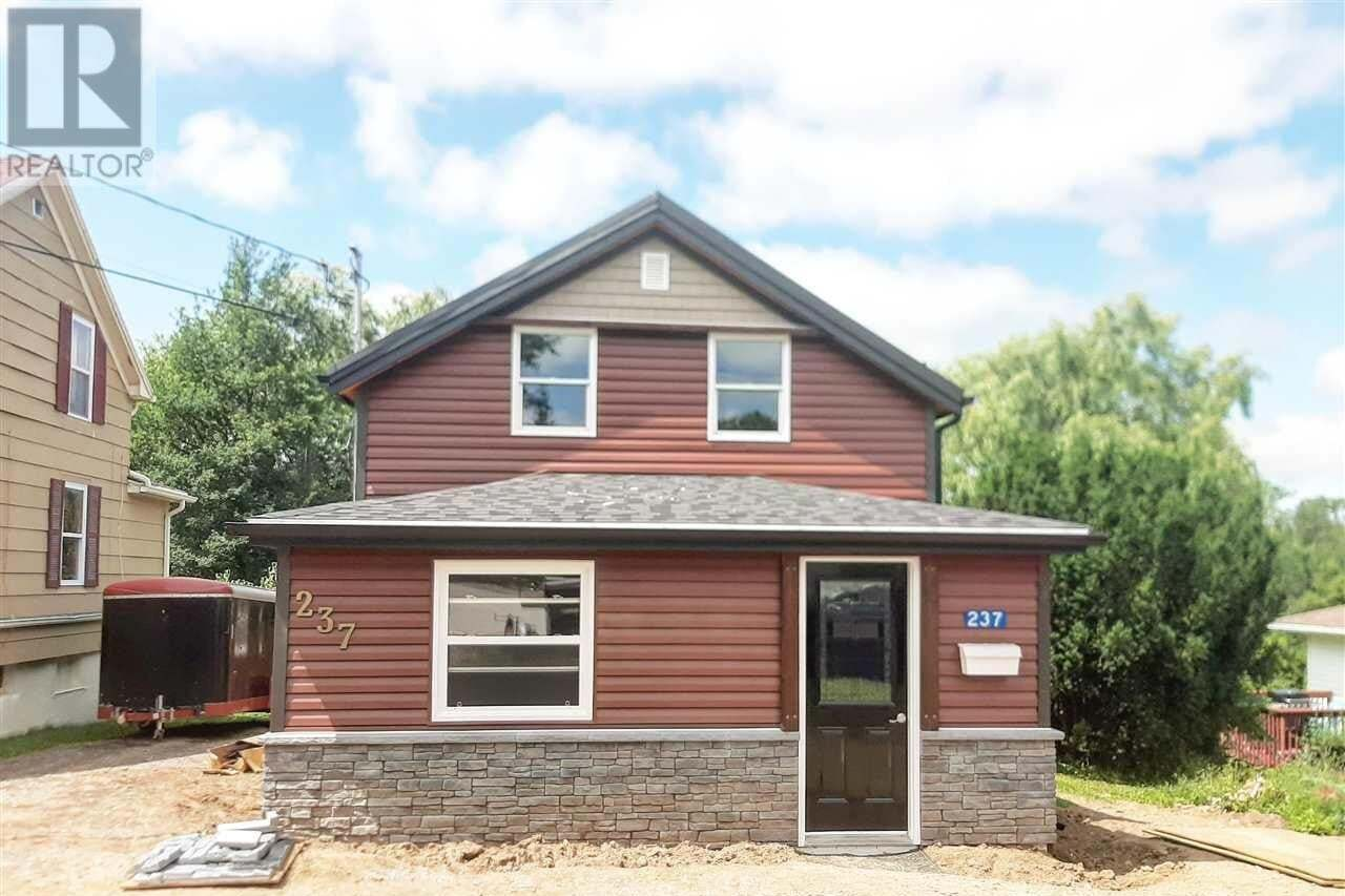 House for sale at 237 Prospect Ave Kentville Nova Scotia - MLS: 202013756