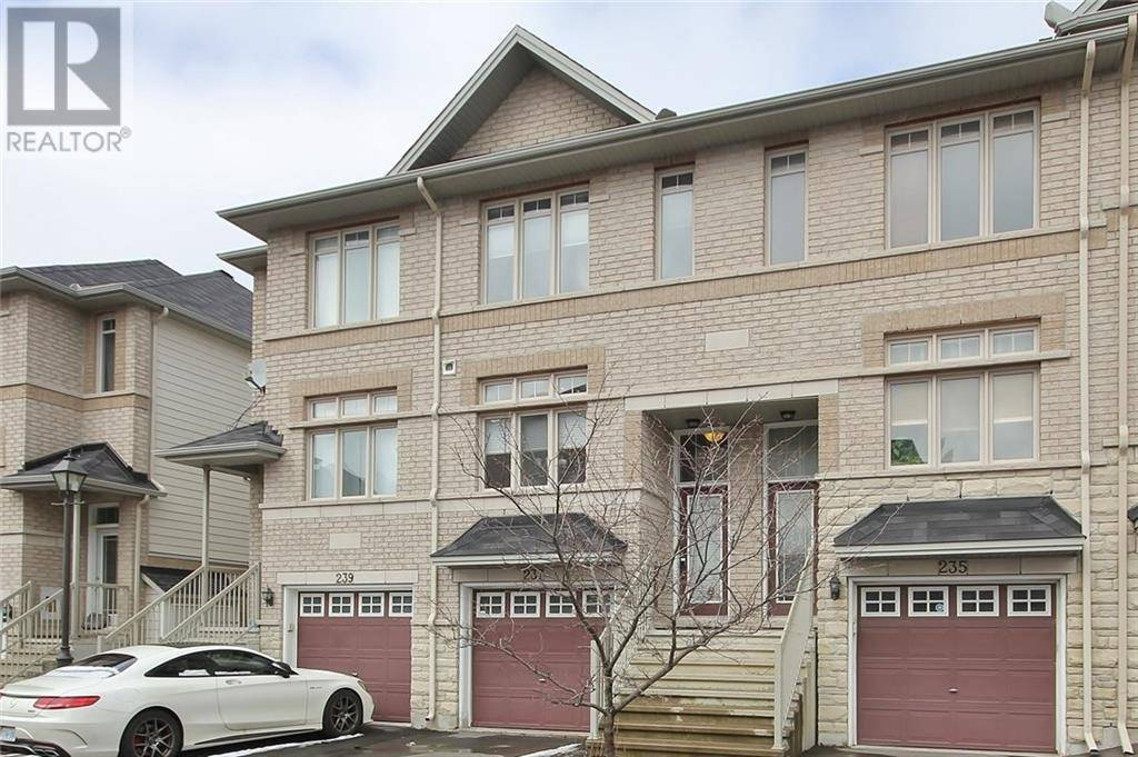 Townhouse for sale at 237 Stroget Pt Ottawa Ontario - MLS: 1188030