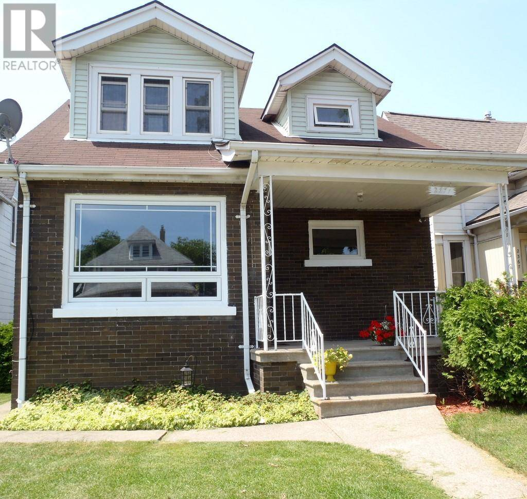 Townhouse for sale at 2371 Howard Ave Windsor Ontario - MLS: 19022338