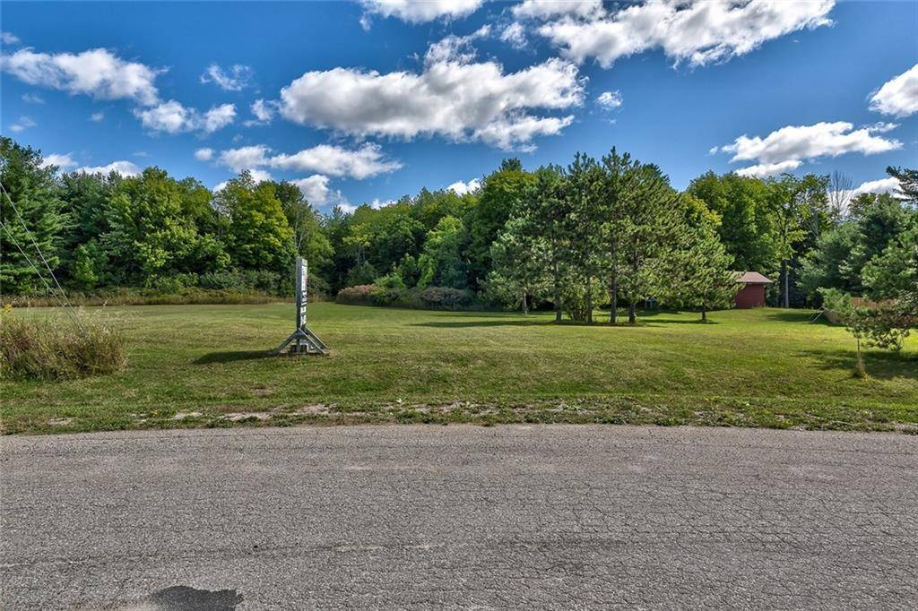 Residential property for sale at 2371 Rideau Ferry Rd Perth Ontario - MLS: 1166559