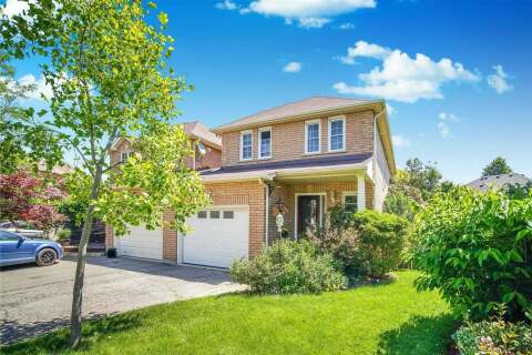 Townhouse for sale at 2371 Springfield Cres Oakville Ontario - MLS: W4796809