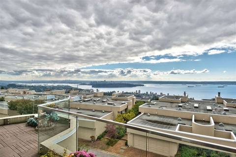 Townhouse for sale at 2377 Folkestone Wy West Vancouver British Columbia - MLS: R2367087