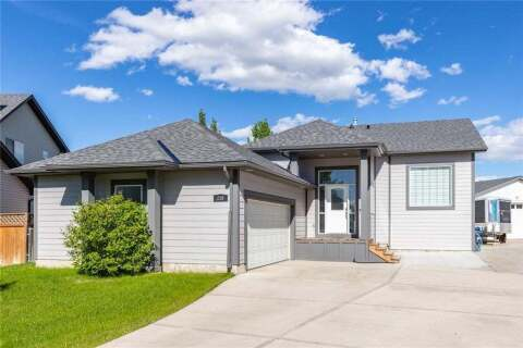 House for sale at 238 Canoe Sq Southwest Airdrie Alberta - MLS: C4300807