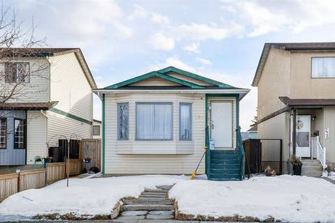 House for sale at 238 Pinemeadow Rd Northeast Calgary Alberta - MLS: C4289681