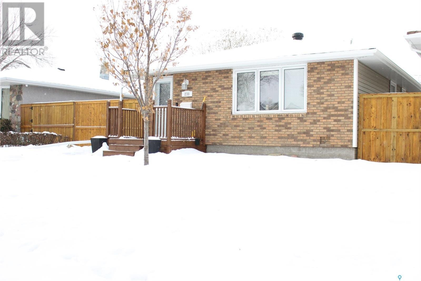 House for sale at 238 Scarth St Regina Saskatchewan - MLS: SK838442
