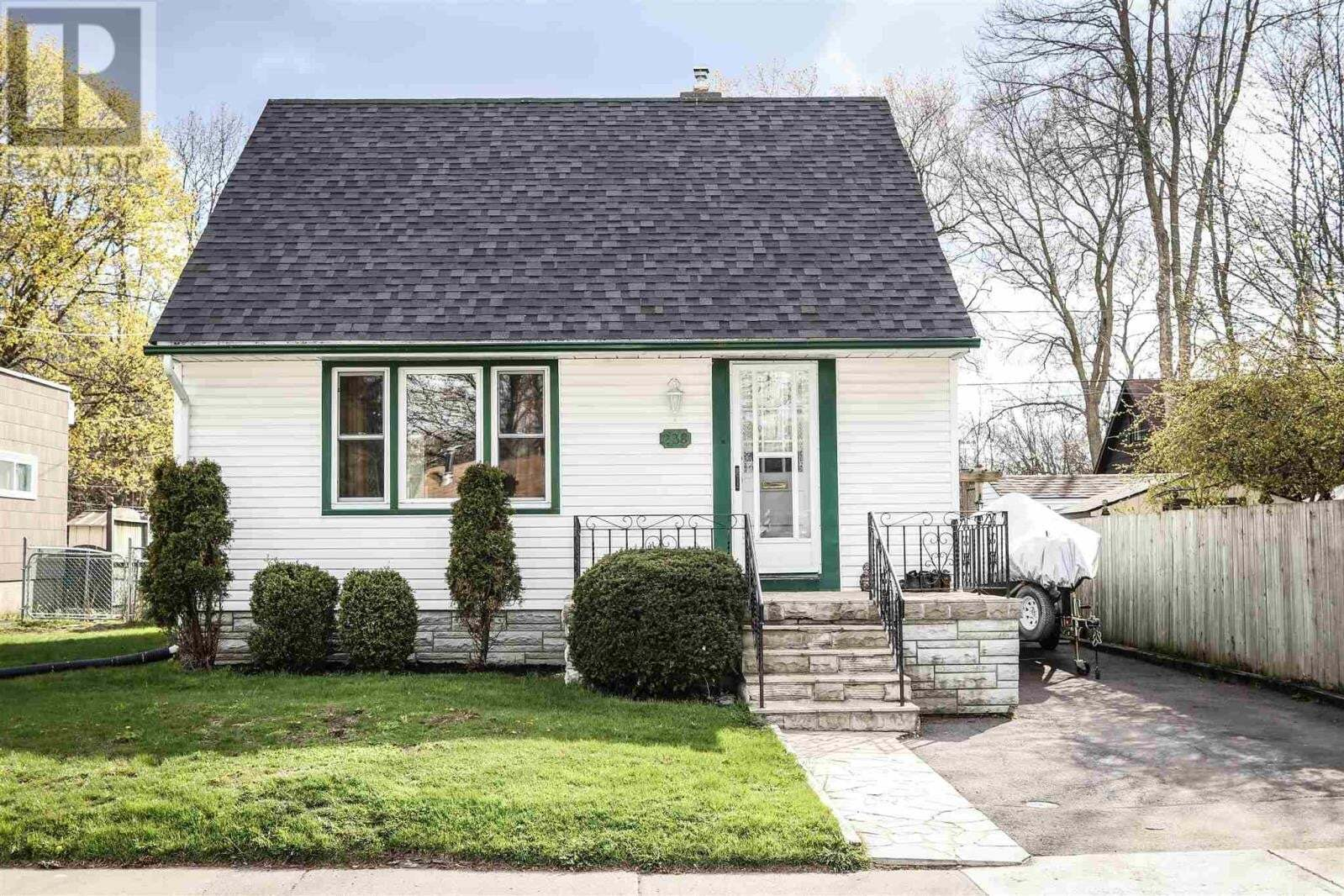House for sale at 238 Simcoe St Greater Napanee Ontario - MLS: K20002400