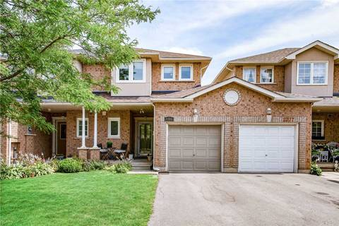 Townhouse for sale at 2381 Penrose Ln Oakville Ontario - MLS: W4727500