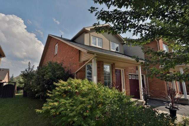 For Sale: 2382 Highcroft Road, Oakville, ON   3 Bed, 3 Bath Townhouse for $799,000. See 20 photos!