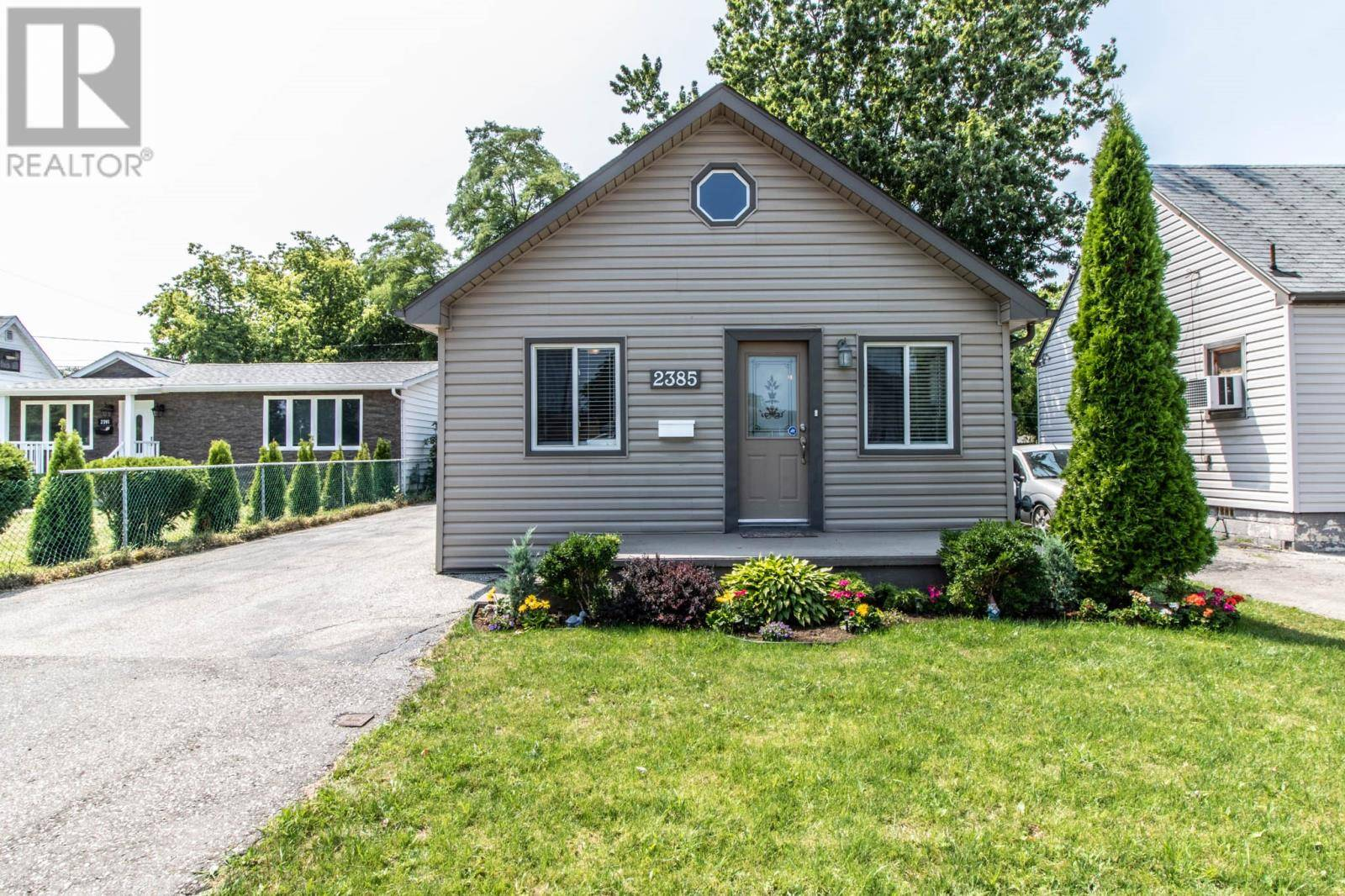 House for sale at 2385 Meldrum  Windsor Ontario - MLS: 19023606