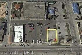 Home for sale at 239 Broadway St Tillsonburg Ontario - MLS: 268872