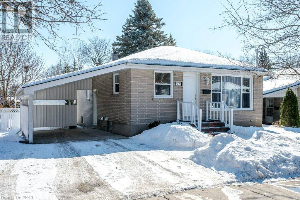 House for sale at 239 Lee St Peterborough Ontario - MLS: 246123