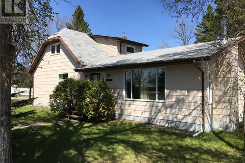 House for sale at 239 Royal St Foam Lake Saskatchewan - MLS: SK766866