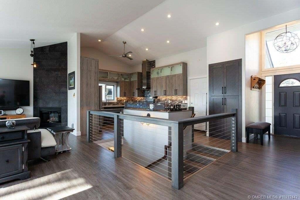 House for sale at 2397 Nahanni Ct Kelowna British Columbia - MLS: 10212442