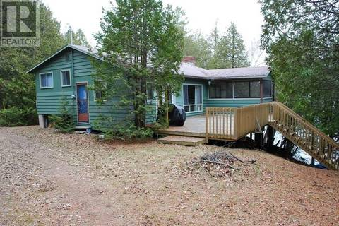 House for sale at 23 South Fork Ln South Frontenac Ontario - MLS: K19002143