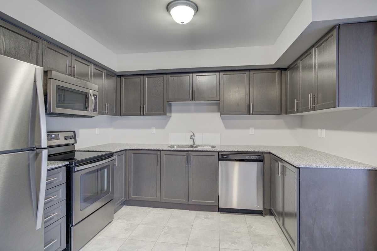 Condo for sale at 2496 Post Rd Unit 24 Oakville Ontario - MLS: W4970099