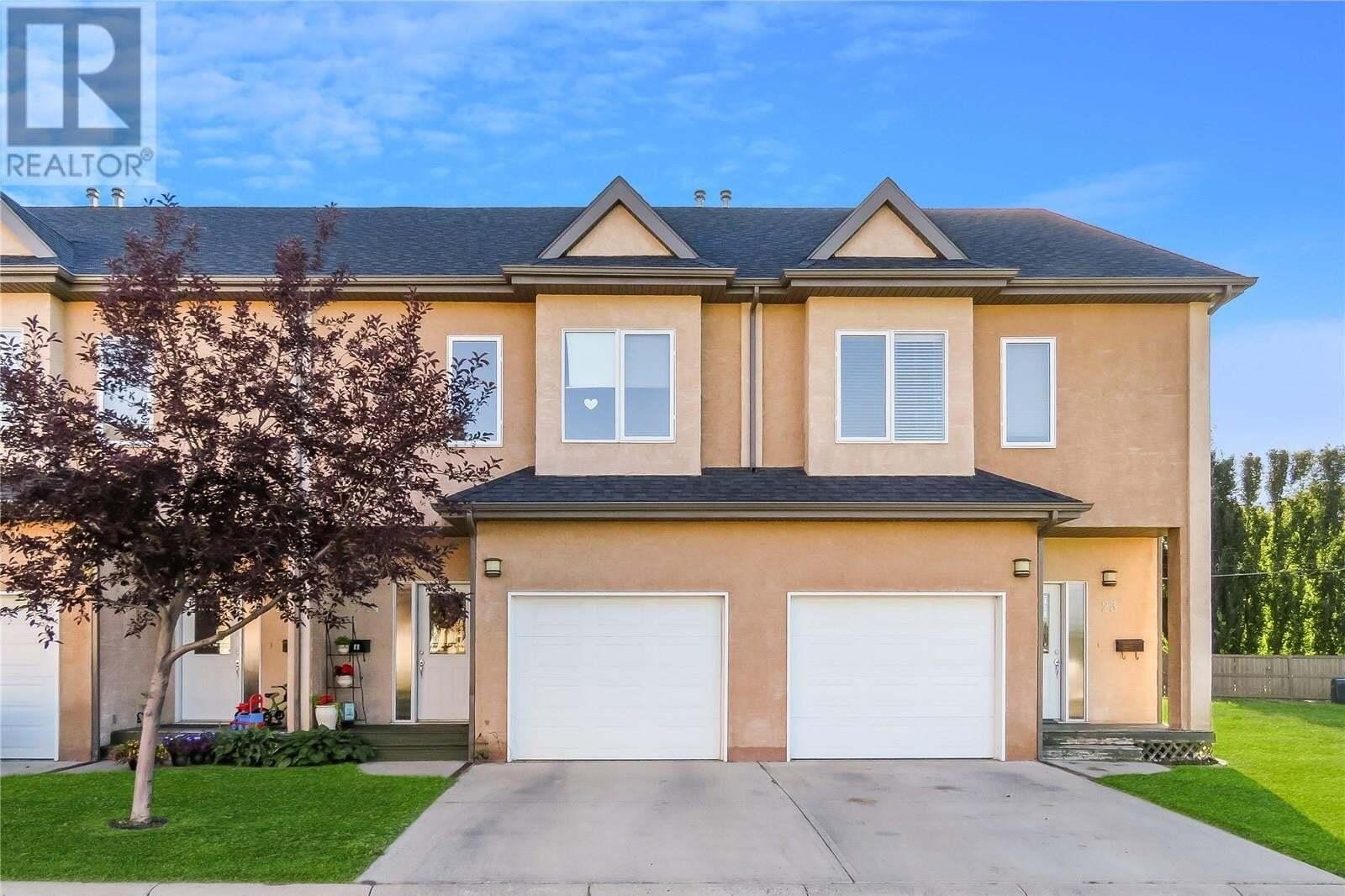 Townhouse for sale at 701 Mcintosh St E Unit 24 Swift Current Saskatchewan - MLS: SK819194