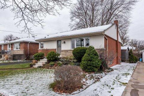 House for sale at 24 Ashland Ave Hamilton Ontario - MLS: X5000664