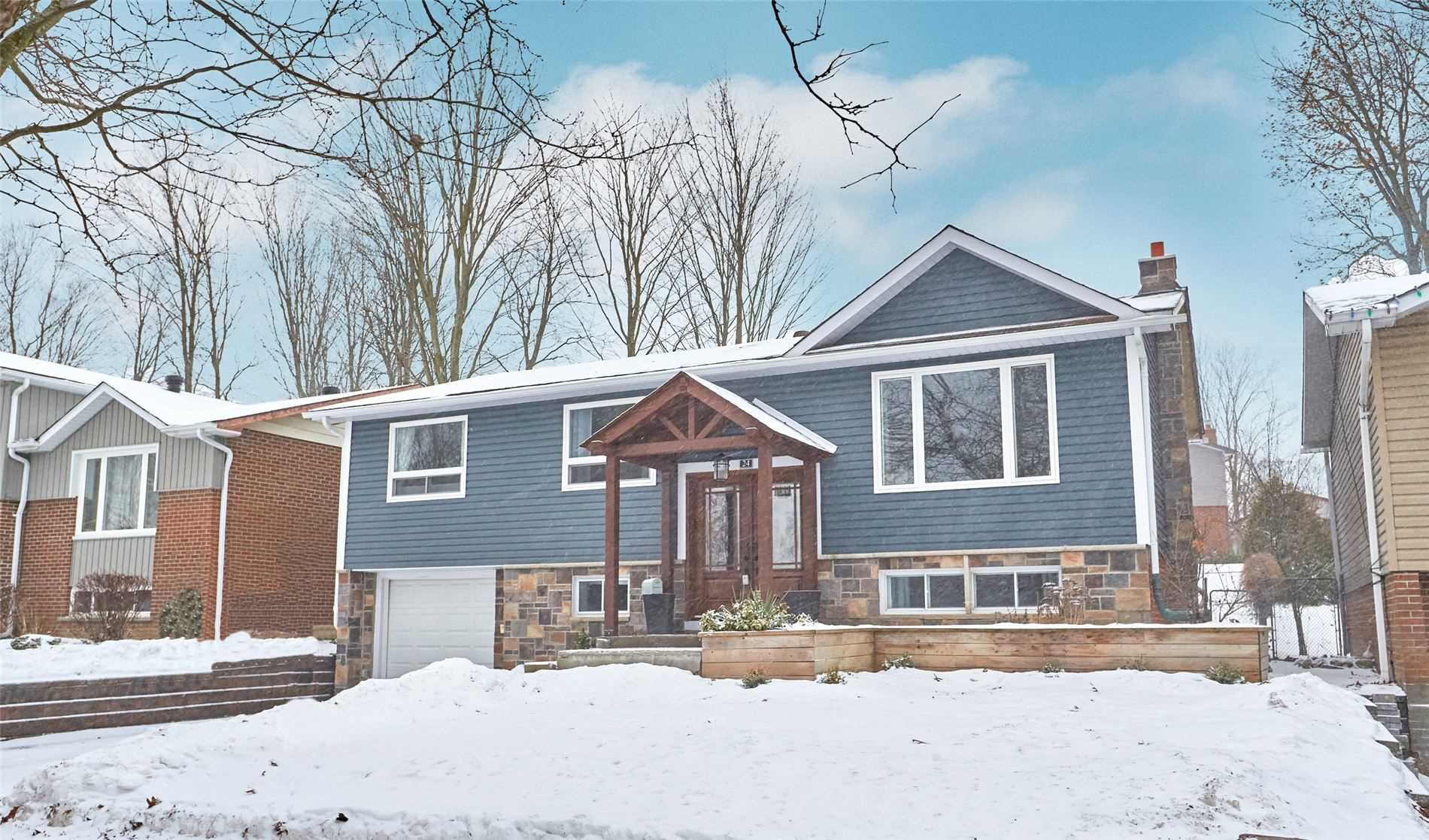 For Sale: 24 Birchwood Drive, Barrie, ON   3 Bed, 2 Bath House for $499000.00. See 17 photos!