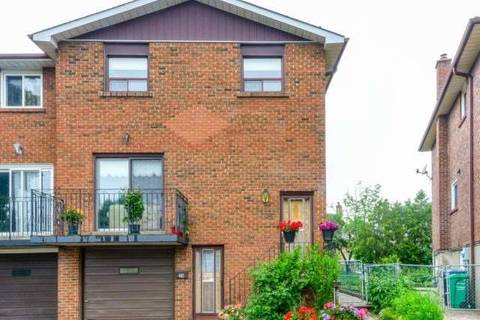 Townhouse for sale at 24 Bramhall Ct Brampton Ontario - MLS: W4486726