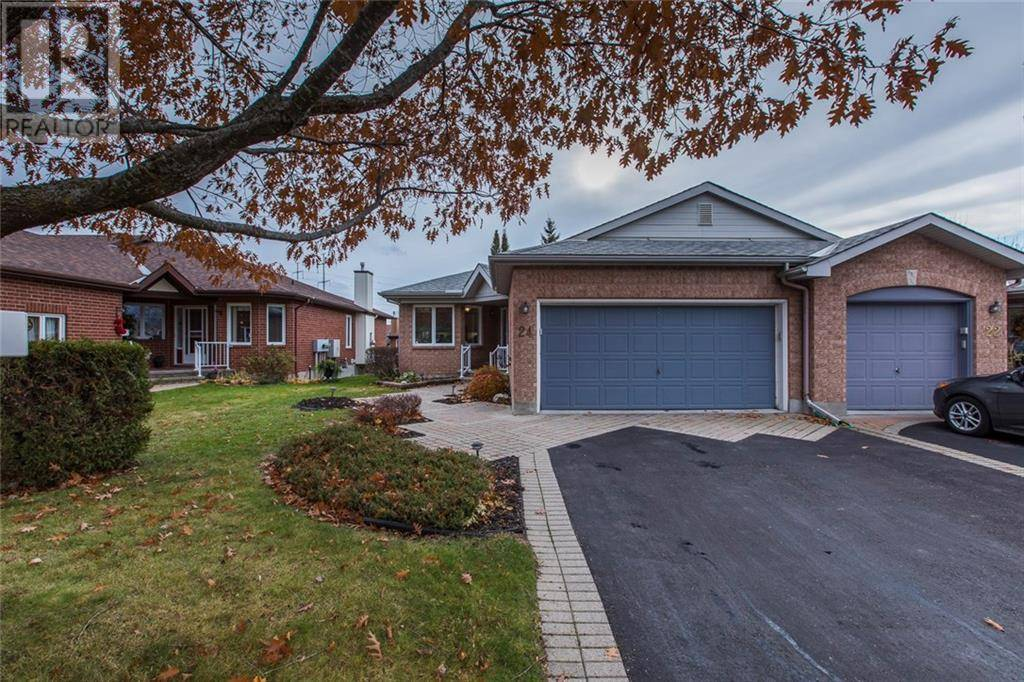 Townhouse for sale at 24 Bunting Ln Ottawa Ontario - MLS: 1174560