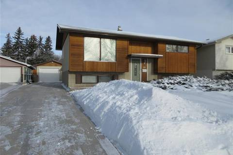 House for sale at 24 Dalgliesh Dr Regina Saskatchewan - MLS: SK797088