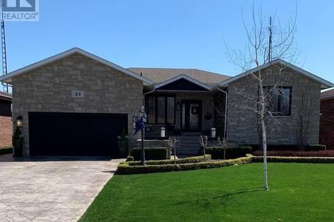 House for sale at 24 Elizabeth Cres Leamington Ontario - MLS: 19016766