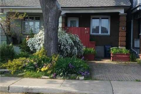 Townhouse for sale at 24 Erindale Ave Toronto Ontario - MLS: E4891124