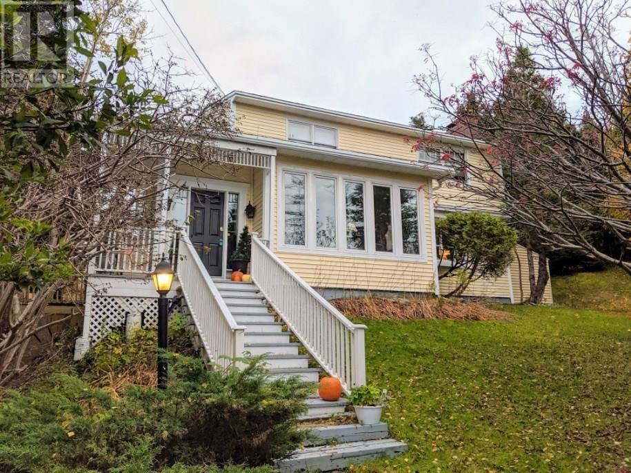 House for sale at 24 Fitzgerald Pl St. Philips Newfoundland - MLS: 1205477