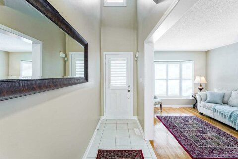 Townhouse for rent at 24 Genoa Rd Vaughan Ontario - MLS: N4987399