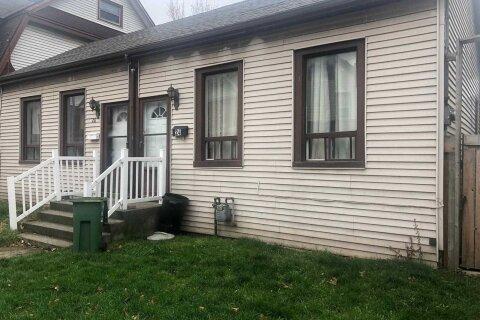 Townhouse for sale at 24 Harvey St Hamilton Ontario - MLS: X4999027