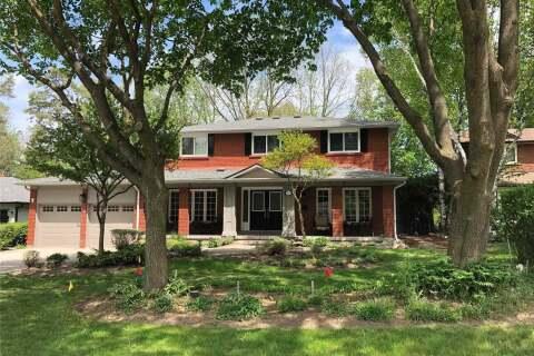 House for sale at 24 Hawthorne Ln Aurora Ontario - MLS: N4707194