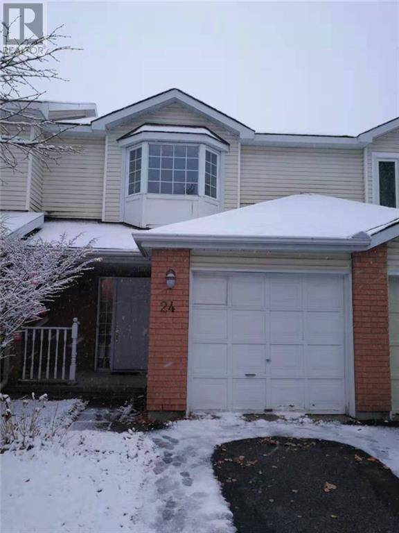 Townhouse for rent at 24 Hodgson Ct Ottawa Ontario - MLS: 1175658