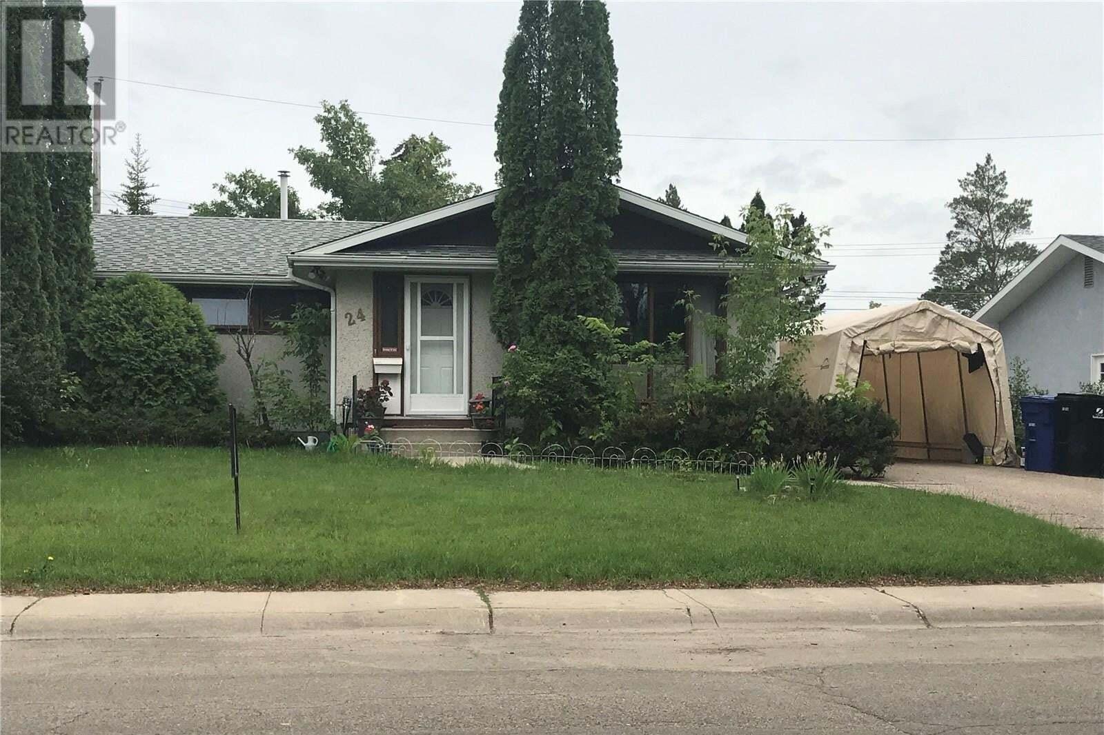 24 Lindsay Drive, Saskatoon | Image 1