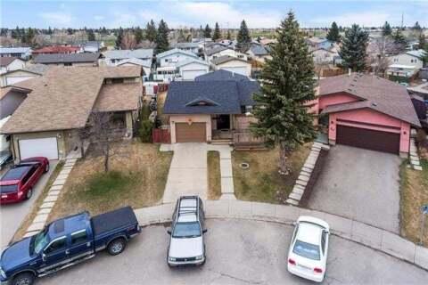 House for sale at 24 Maitland Green Northeast Calgary Alberta - MLS: C4294615