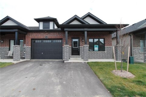 Townhouse for sale at 24 Meadowhawk Ln Simcoe Ontario - MLS: 40043696